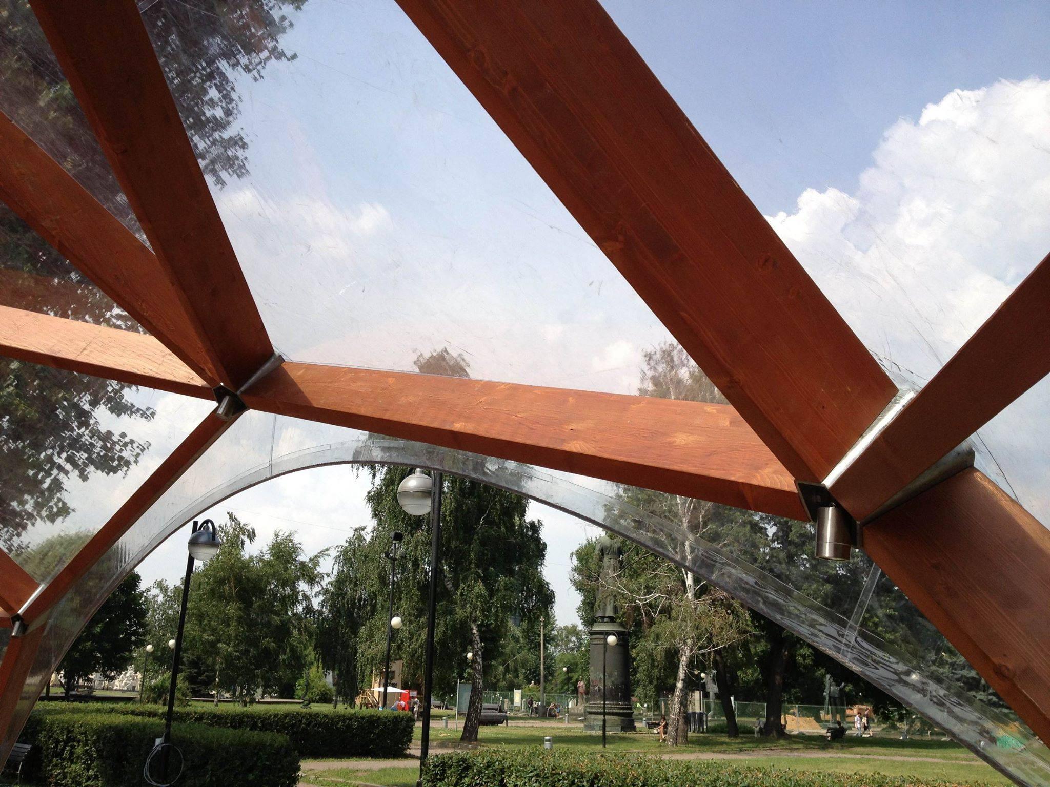 Lauko modernistinė pavėsinė QUADRAT Kupolas Verslui ir Privačiam ūkiui