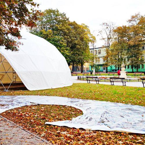 """Namiot Sferyczny Ø11m dla """"Festiwalu Kinetycznej Sztuki Światła"""" 2016, Łódź, Polska"""