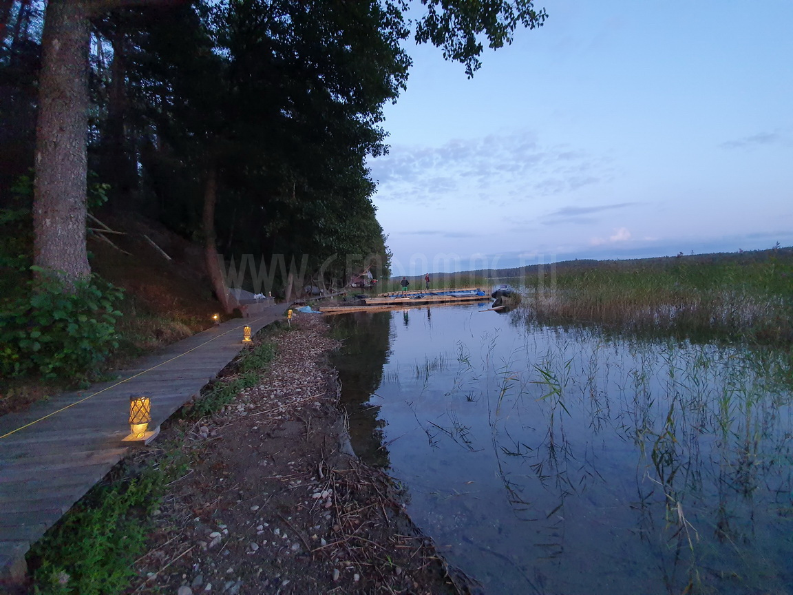 Floating Barge Dome 27m2 – Bungalow all season |  Glamping Lithuania