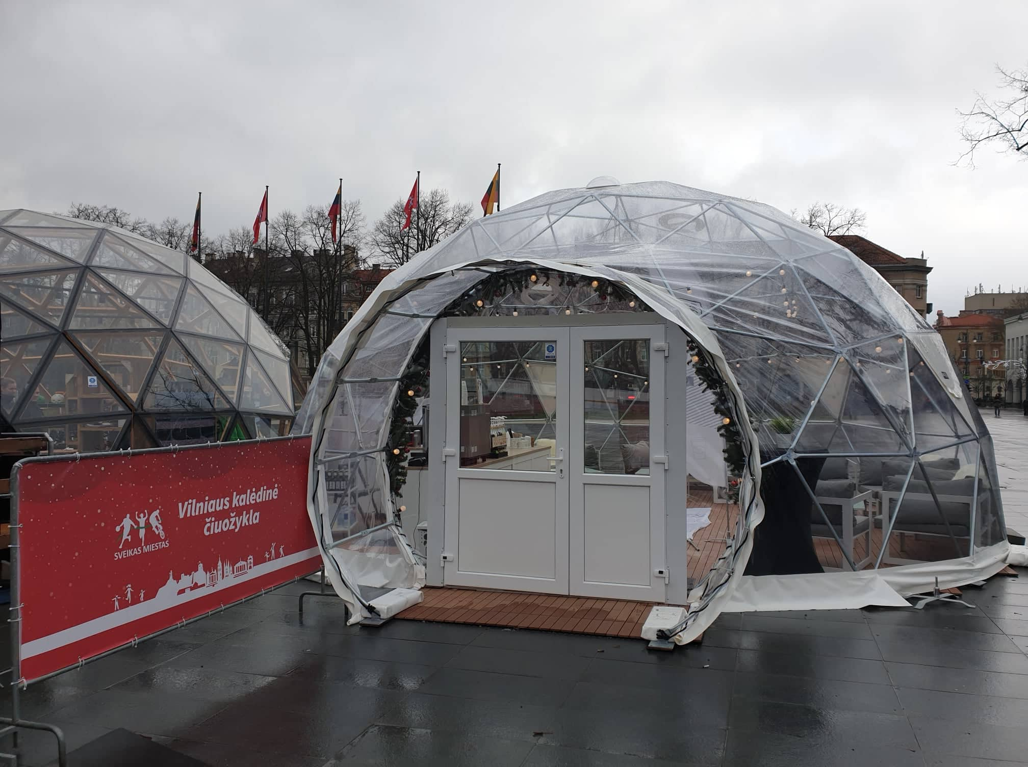 50m² Panoramic Bar Glamping Dome Ø8m | Ice rink in Lukiškės Square, Vilnius