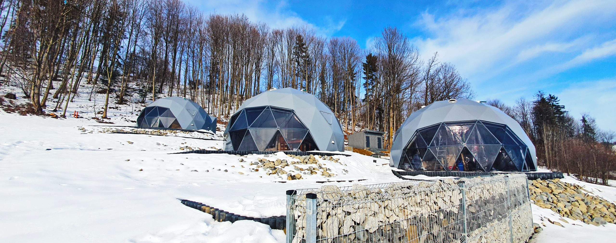 Glamp Royal Resort – Zakopane, Poland | Domes 35m² Ø6,7m